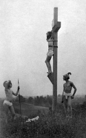 0120187 © Granger - Historical Picture ArchiveTHE CRUCIFIXION.   A reenactment of the crucifixion of Jesus. Photographed by Fred Holland Day, 1898.