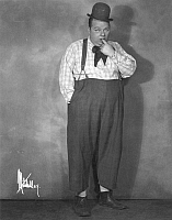0016892 © Granger - Historical Picture ArchiveROSCOE 'FATTY' ARBUCKLE   (1887-1933). American cinema actor.