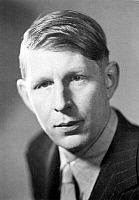 0014962 © Granger - Historical Picture ArchiveWYSTAN HUGH AUDEN   (1907-1973). English poet; photographed in 1936.