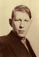 0060575 © Granger - Historical Picture ArchiveWYSTAN H. AUDEN (1907-1973).   English poet. Photographed by Howard Coster, c1936.