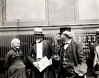 0101291 © Granger - Historical Picture ArchiveSAMUEL LANGHORNE CLEMENS   (1835-1910). 'Mark Twain.' American writer and humorist. Waiting for a train at the Union Depot in Helena, Montana, Mark Twain, right, entertains Mrs. Henry Ward Beecher and Senator Wilbur Fisk Sanders, 5 August 1895.