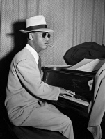 0267130 © Granger - Historical Picture ArchiveEARL 'FATHA' HINES  (1903-1983.) American jazz pianist. Photograph by William P. Gottlieb, c1947.