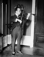 0122239 © Granger - Historical Picture ArchiveMISCHA ELMAN (1891-1967).   American (Ukrainian-born) violinist. Photograph, early 20th century.