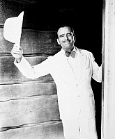 0069580 © Granger - Historical Picture ArchiveDOUGLAS FAIRBANKS   (1883-1939). American cinemactor.