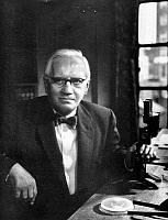 0006581 © Granger - Historical Picture ArchiveSIR ALEXANDER FLEMING   (1881-1955). Scottish bacteriologist.