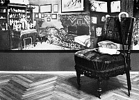 0108981 © Granger - Historical Picture ArchiveFREUD'S STUDIO.   Museum display featuring Sigmund Freud's hat and cane, with a photograph of his sofa at his studio.