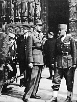 0108463 © Granger - Historical Picture ArchiveCHARLES DE GAULLE   (1890-1970). French soldier and statesman. De Gaulle (left), greets General Jacques Philipe Leclerc at a ceremony at the Notre Dame cathedral on 26 August 1944, following the liberation of Paris from the Nazis.
