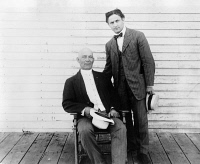 0623303 © Granger - Historical Picture ArchiveHARRY HOUDINI (1874-1926).   American magician. Houdini (right) with magician Harry Kellar. Photograph, c1912.