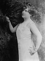 0266666 © Granger - Historical Picture ArchiveFLORENCE FOSTER JENKINS   (1868-1944). American soprano known for her lack of singing ability. Photograph, late 19th century or early 20th century.