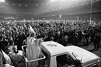 0126187 © Granger - Historical Picture ArchiveJOHN PAUL II (1920-2005).   Pope, 1978-2005. Being welcomed by crowds during his visit to the United States, 4 October 1979. Photographed by Thomas J. O'Halloran.
