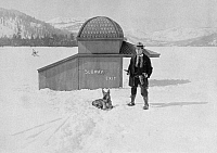 0258990 © Granger - Historical Picture ArchiveTHE FROZEN NORTH, 1922.   Buster Keaon in a still from the short film 'The Frozen North,' 1922.