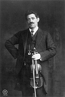 0046726 © Granger - Historical Picture ArchiveFRITZ KREISLER (1875-1962).   American (Austrian born) violinist and composer.