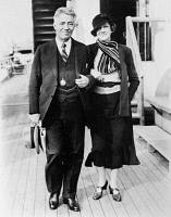 0168715 © Granger - Historical Picture ArchiveFRITZ KREISLER (1875-1962).   American (Austrian born) violinist and composer. Photographed with his wife, Harriet, as they arrived in New York Harbor on board the SS Europa, for a New American concert tour, 4 October 1934.