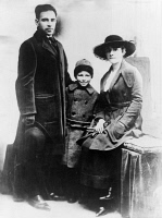 0623486 © Granger - Historical Picture ArchiveNICOLA SACCO (1891-1927).   American (Italian-born) anarchist. Sacco and his family, photographed before 1920.