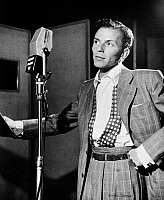 0267055 © Granger - Historical Picture ArchiveFRANK SINATRA (1915-1998).   American singer. At Liederkranz Hall in New York City. Photograph by William P. Gottlieb, 1947