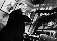 0017510 © Granger - Historical Picture ArchiveTHOMAS 'FATS' WALLER   (1904-1943). American musician and composer.
