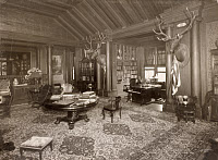 0621838 © Granger - Historical Picture ArchiveSAGAMORE HILL, c1910.   The interior of President Theodore Roosevelt's home, Sagamore Hill, near Oyster Bay, New York. Photograph, c1910.