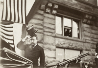 0623233 © Granger - Historical Picture ArchiveTHEODORE ROOSEVELT   (1858-1919). 26th President of the United States. President Roosevelt in Chicago, Illinois. Photograph, c1903.