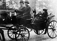 0131681 © Granger - Historical Picture ArchiveWOODROW WILSON (1856-1924).   28th President of the United States. Riding in a surrey, probably in Washington, D.C., with the First Lady, Edith Bolling Galt Wilson, 1921.