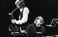 0399084 © Granger - Historical Picture ArchiveJAZZ MUSIC.    Gerry Mulligan & Dave Brubeck of the Dave Brubeck Quartet performing at the Berliner Jazztage, October 1970. Gerald Joseph Mulligan, American jazz saxophonist, clarinetist and composer, 6 April, 1927 - 20 January, 1996. David Warren Brubeck, American jazz pianist and songwriter, born 6 December, 1920. Full credit: JazzSign / Lebrecht Music