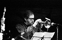 0399904 © Granger - Historical Picture ArchiveJAZZ MUSIC.    Kenny Wheeler performing in Jazzhouse Montmartre Copenhagen September 1991. KW: Canadian composer, trumpet and flugelhorn player, b. 14 January 1930 -. Full credit: JazzSign / Lebrecht Music & Arts / Granger, NYC -- All right