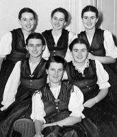 0408073 © Granger - Historical Picture ArchiveTRAPP FAMILY, 1940.   Maria von Trapp (center) with five of her daughters. Front row: Maria Franziska and Martina; back row: Agatha, Hedwig, Johanna. Photograph by C.M. Stieglitz, 1940.