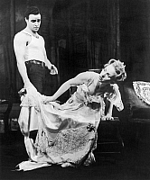 0127028 © Granger - Historical Picture ArchiveSTREETCAR NAMED DESIRE.   Marlon Brando as Stanley Kowalski and Jessica Tandy as Blanche Dubois in the original Broadway production, 1947, of Tennessee Williams' play 'A Streetcar Named Desire.'