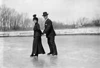 0118655 © Granger - Historical Picture ArchiveICE SKATERS.  Mr. R.P. Hobson and his wife on ice skates, skating together on a lake. Photograph, late 19th or early 20th century.