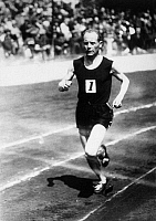 0170349 © Granger - Historical Picture ArchivePAAVO NURMI (1887-1973).   Finnish track athlete. Nurmi shown winning the 5000 meter race in Berlin, Germany in September 1930.