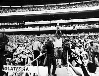 0131252 © Granger - Historical Picture ArchiveSOCCER: WORLD CUP, 1970.   Carlos Alberto, captain of the Brazilian soccer team, holding the World Cup trophy after Brazil's victory over Italy in the 1970 World Cup held in Mexico.