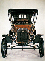 0130317 © Granger - Historical Picture ArchiveMODEL T FORD, 1910.   Model T Ford with brass radiator, head lamps and fittings and a cherrywood dash, 1910.