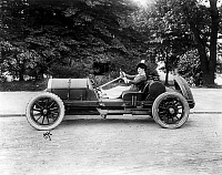 0164202 © Granger - Historical Picture ArchiveFRITZI SCHEFF (1879-1954).   American actress and singer. Photographed in an automobile, c1913.