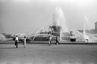 0260288 © Granger - Historical Picture ArchiveBUCKINGHAM FOUNTAIN, 1941.   A view of Buckingham Fountain in Grant Park, Chicago, Illinois. Photographed by John Vachon, July 1941.