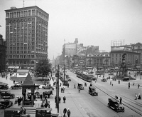 0527608 © Granger - Historical Picture ArchiveDETROIT, c1900.   A view up Woodward Avenue in Detroit, Michigan. Photograph, c1900.