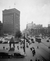 0527609 © Granger - Historical Picture ArchiveDETROIT, c1917.   A view up Woodward Avenue in Detroit, Michigan. Photograph, c1917.