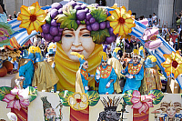 0163169 © Granger - Historical Picture ArchiveNEW ORLEANS: MARDI GRAS.   Bacchus float in the Mardi Gras parade in New Orleans, Louisiana. Photographed by Carol M. Highsmith, 28 February 2006.