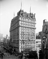 0428642 © Granger - Historical Picture ArchiveKNICKERBOCKER HOTEL, c1909.   View of the Knickerbocker Hotel, New York City. Photograph, c1909.
