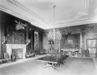 0623384 © Granger - Historical Picture ArchiveWHITE HOUSE, 1902.   A room within the White House during the administration of Theodore Roosevelt, featuring a fireplace, mounted moose head, and chandelier. Photograph by John F. Jarvis, 1902.