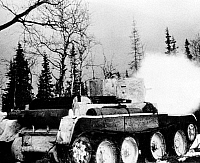 0099725 © Granger - Historical Picture ArchiveRUSSO-FINNISH WAR, 1939-40.   Soviet medium tank shells Finnish positions at close range. Photographed c1939-40.
