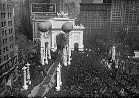 0409774 © Granger - Historical Picture ArchiveWORLD WAR I: 27TH PARADE.   Victory parade for the 27th Division, New York City. Photograph, March 1919.