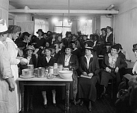 0322749 © Granger - Historical Picture ArchiveU.S. FOOD ADMINISTRATION.   The United States Food Administration War Kitchen at 926 McPherson Street in Washington D.C. The administration was responsible for the Allied Forces food reserves during World War I. Photograph, c1917.