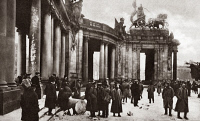 0409255 © Granger - Historical Picture ArchiveWORLD WAR I: BERLIN, C1919.   Fragments of a destroyed national monument near Brandenburg Gate, Berlin, Germany. Photograph, c1919.