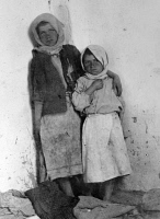 0528053 © Granger - Historical Picture ArchiveWWI: ORPHANS, 1918.   Two girls whose mother died from typhus during the war in Harsova, Romania. Photograph, 1918.