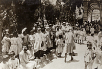0528054 © Granger - Historical Picture ArchiveWWI: REFUGEES, 1918.   Syrian, Armenian, and Jewish orphans at the Austrian Hospice building in Jerusalem, cared for by the British Syria and Palestine Relief Fund and the American Red Cross. Photograph, 1918.