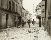 0528930 © Granger - Historical Picture ArchiveWWI: FRANCE, 1918.   Soldiers on the street in Chateau Thierry, France. Photograph, 1 June 1918.