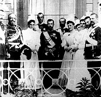 0350317 © Granger - Historical Picture ArchiveNICHOLAS II & ALEXANDRA.    Emperor Nicholas II of Russia and Empress Alexandra Feodorovna of Russia on the balcony of Livadia Palace in Crimea, c1894.  Full credit: ITAR-TASS Photo Agency / Granger, NYC -- All rights reserved.