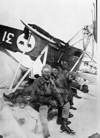 0621620 © Granger - Historical Picture ArchiveARCTIC: RESCUE TEAM, 1928.   Swedish aviator Einar Lundborg (left) with survivors of the crash of the airship Italia, near the crash site in the Arctic. Left to right: Lundborg, Francesco Behounek, Giuseppe Biagi, and Natale Cecioni. Photograph, 1928.