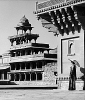 0118884 © Granger - Historical Picture ArchiveINDIA: FATEHPUR SIKRI.   A building in the city of Fatehpur Sikri, India, founded by the Mughal emperor Akbar in 1569. Photograph, mid 20th century.