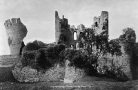 0622868 © Granger - Historical Picture ArchiveCAERPHILLY CASTLE, c1900.   The ruins of medieval fortification Caerphilly Castle in South Wales. Photograph, c1900.