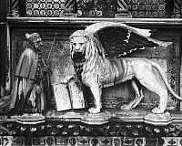 0125334 © Granger - Historical Picture ArchiveFRANCESCO FOSCARI   (1373-1457). Doge of Venice, 1423-1457. Foscari and the Lion of Saint Mark. Sculpture group from the Foscari Arch on the Porta della Certa, by Bartolomeo Bon, 15th century, at the Doge's Palace in Venice, Italy.